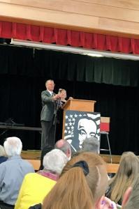 Mayor Bill Lambert and Joann Muneta.